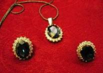 Sapphire-Pendant-and-tops