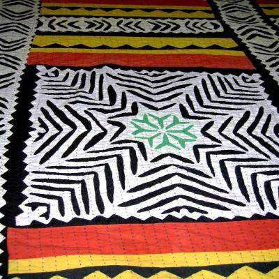 ralli-patchwork-quilt-03-closeup