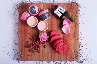 Natural Make-up Products by MANA